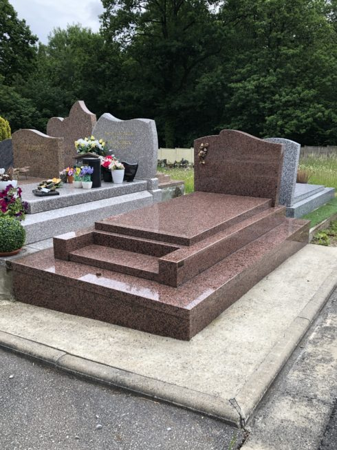 Création monument funéraire